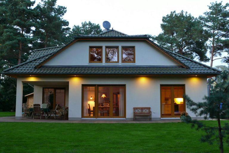 Einfamilienhaus mit großer Dachgaube
